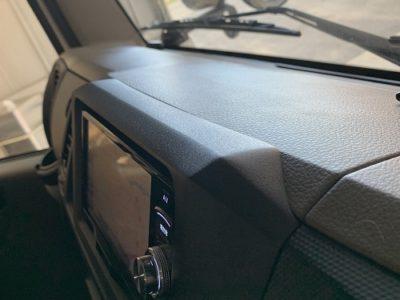 実用性抜群の日産・F24アトラス ナビ移設加工取り付け。
